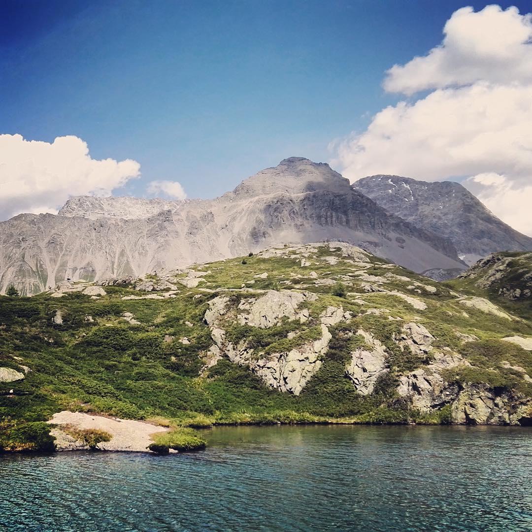 Letzte Woche waren wir noch in den graubuenden Alpen unterwegshellip