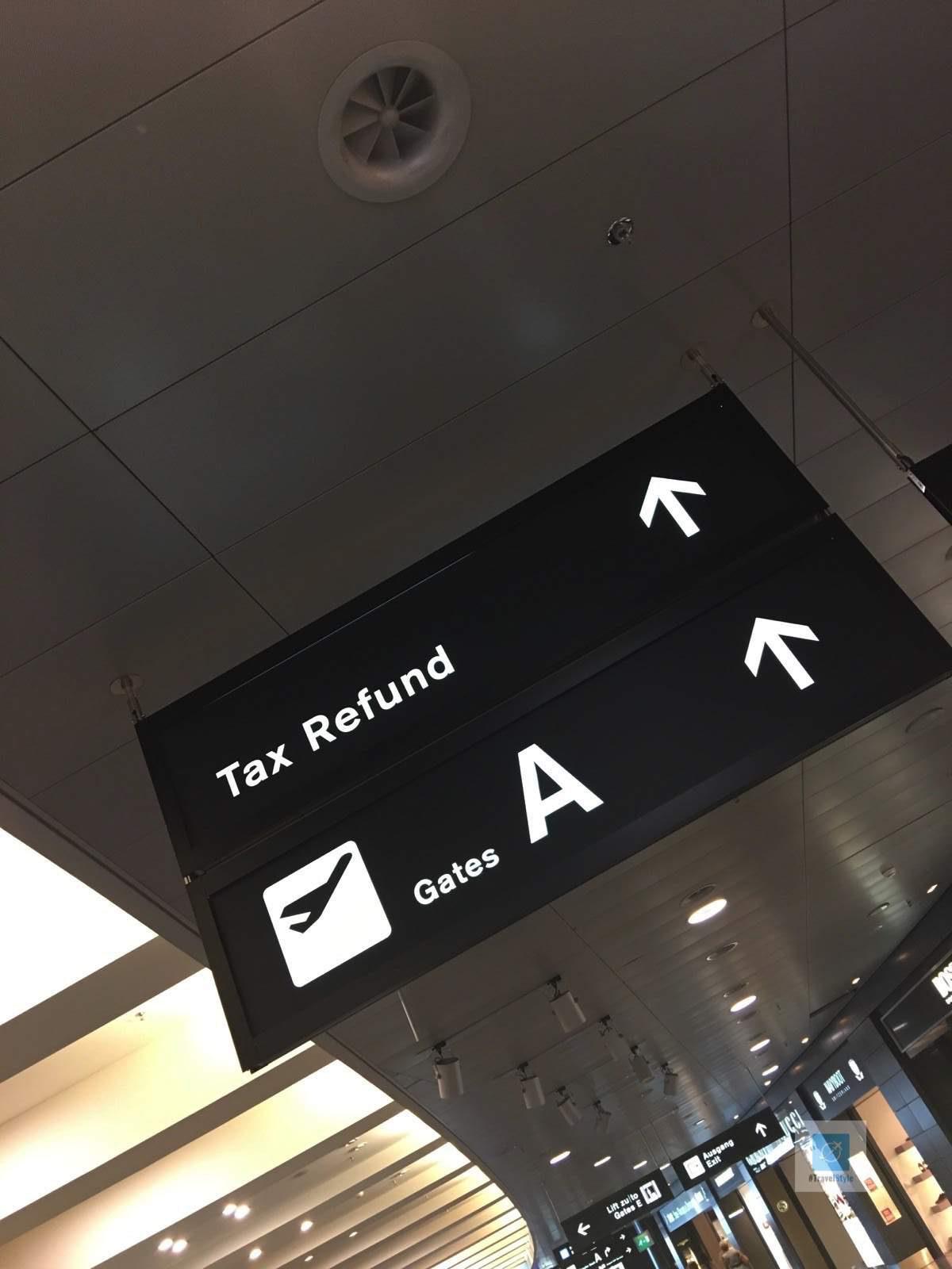 Warten auf den Flug nach Berlin
