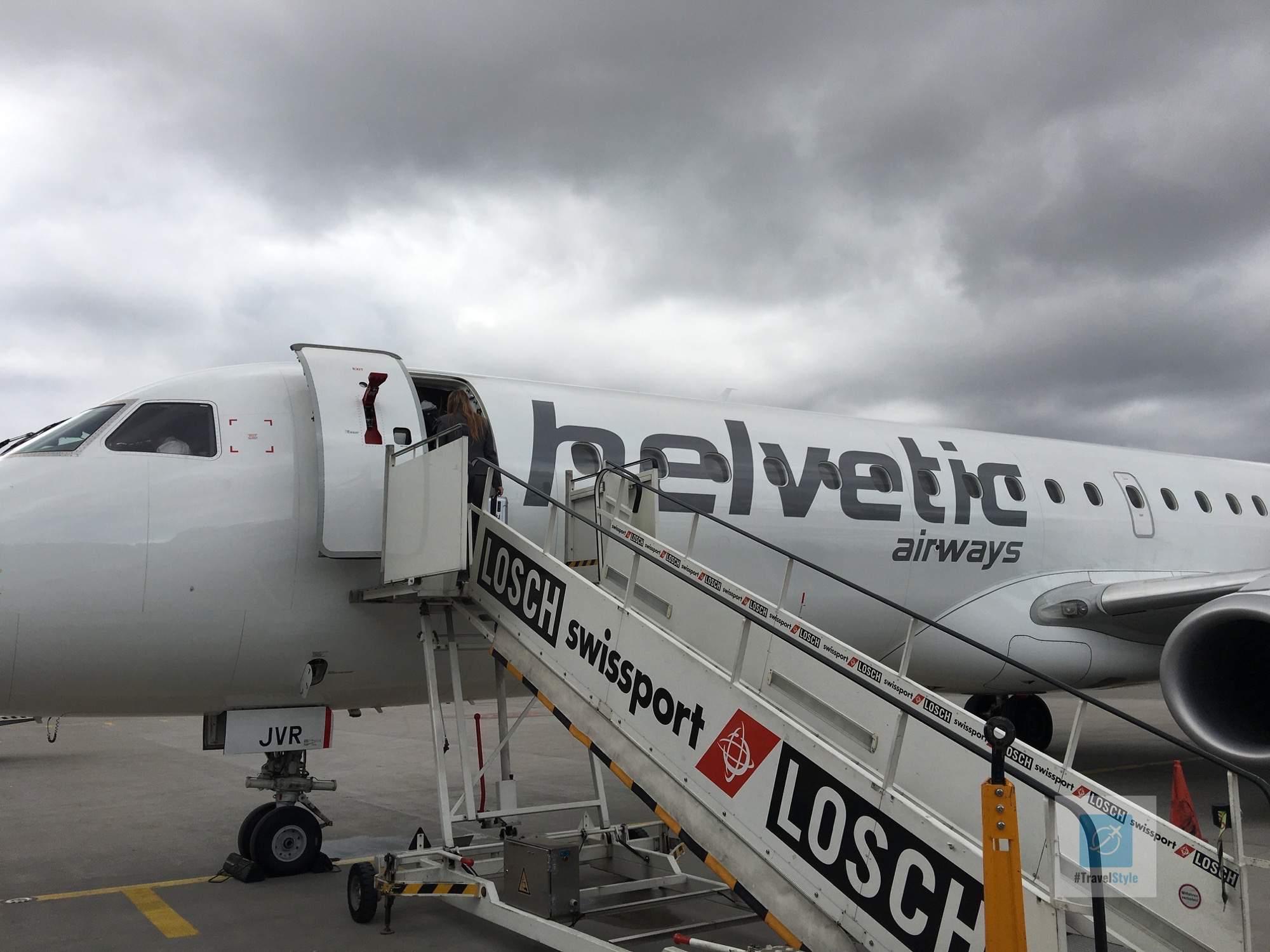 Flug mit Helvetic airways