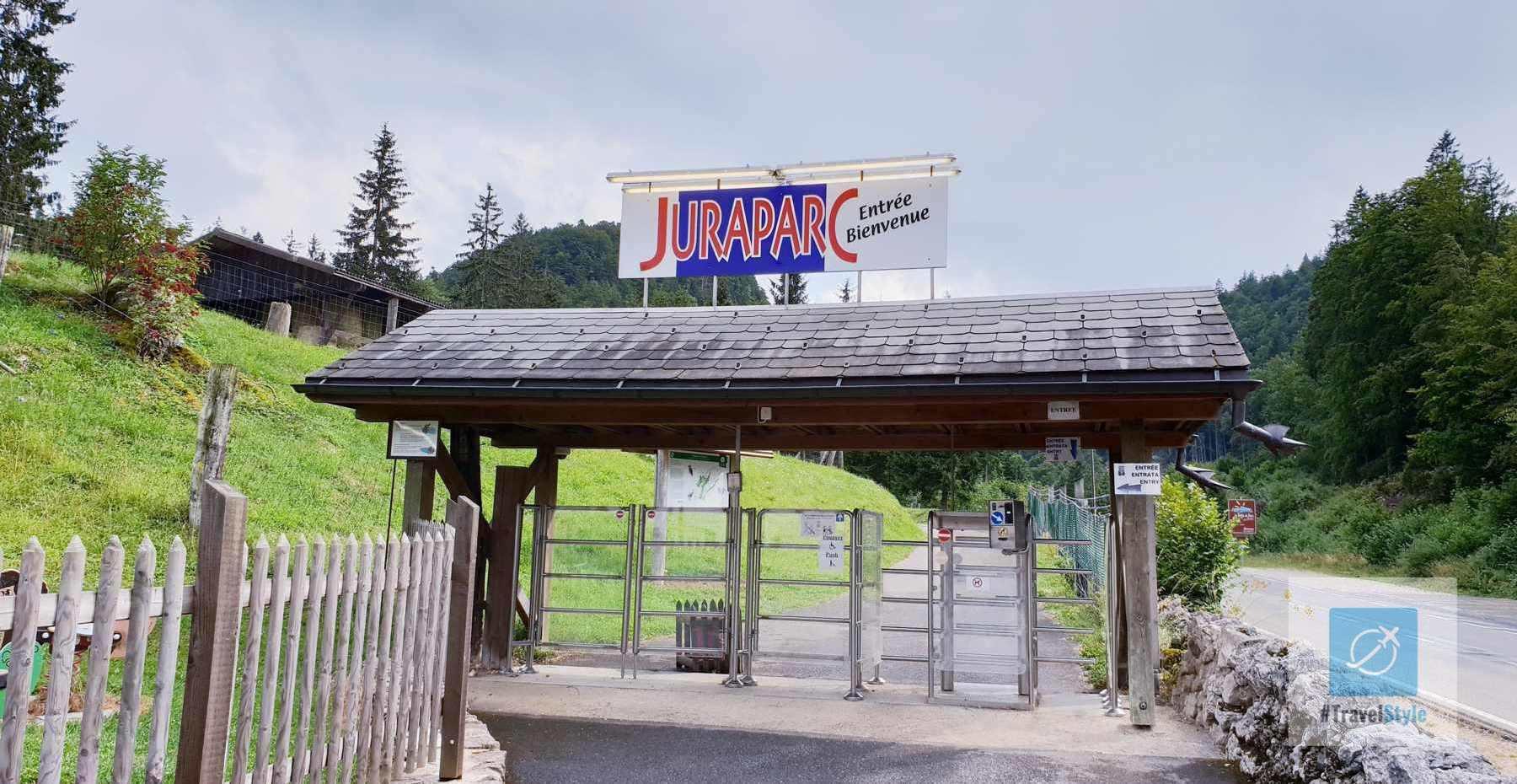 Der Eingang zum Juraparc