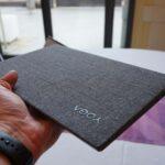 Das Lenovo YOGA mit der Stoff-Optik